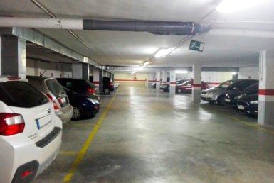 Plazas de garaje en edificio Las Miguelas, Huesca